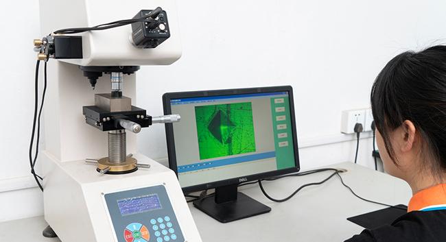 现代化检测实验室-铭泽